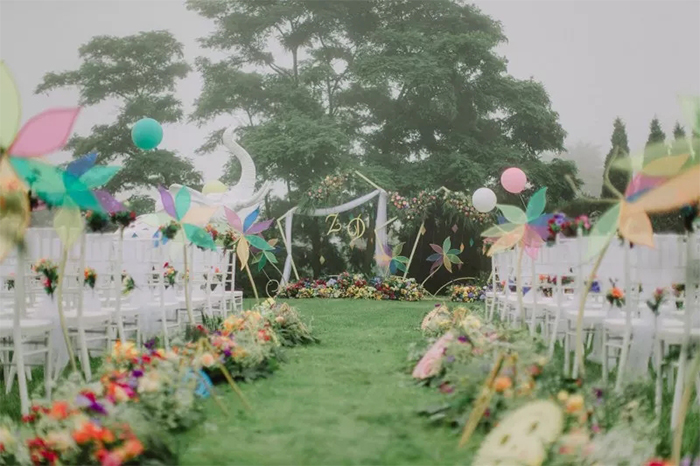 colorful lawn wedding inspirations