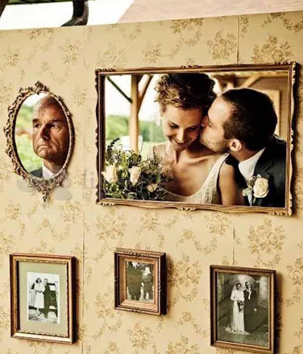 creative wedding photo area
