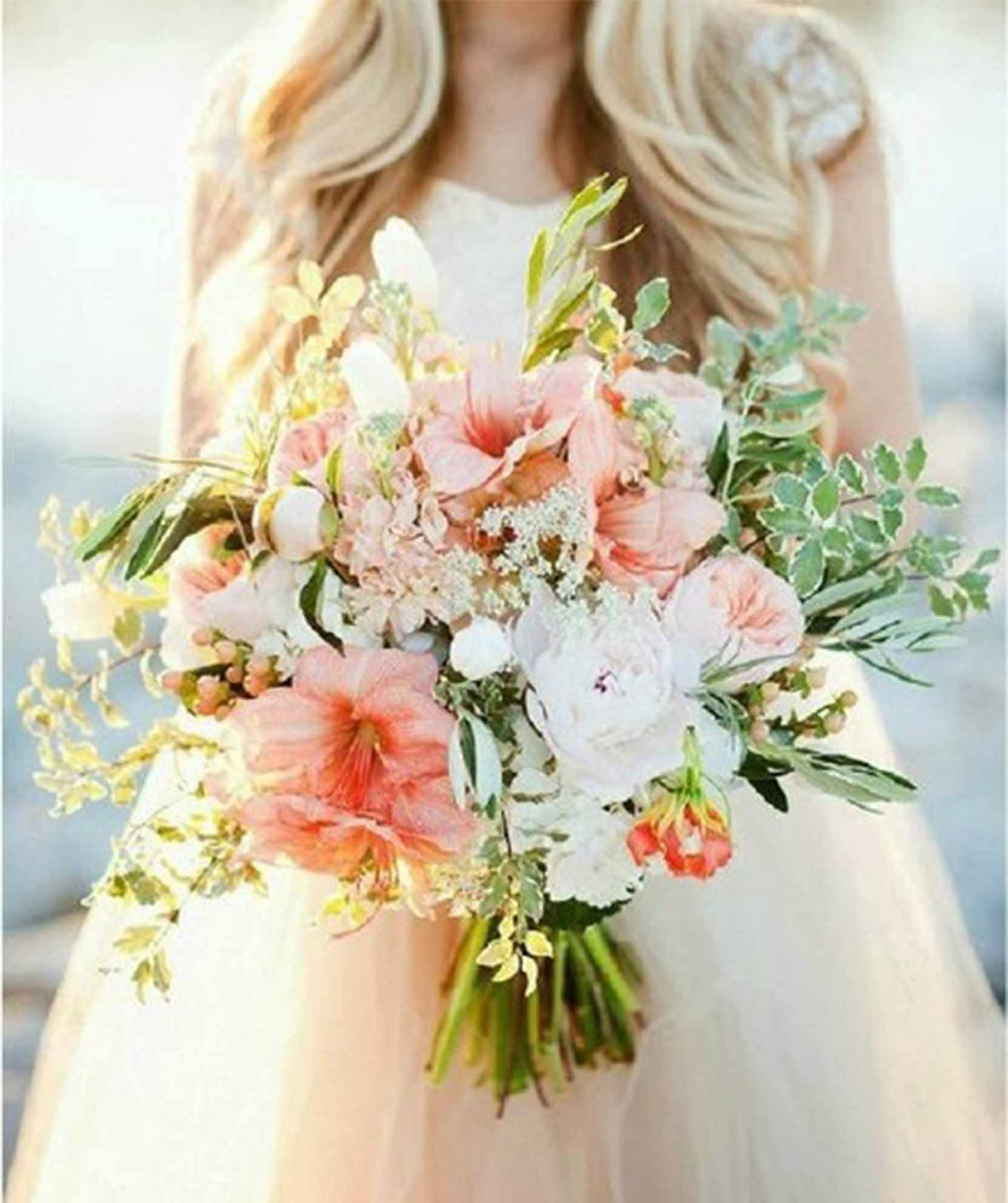 spring fresh flowers wedding bouquets
