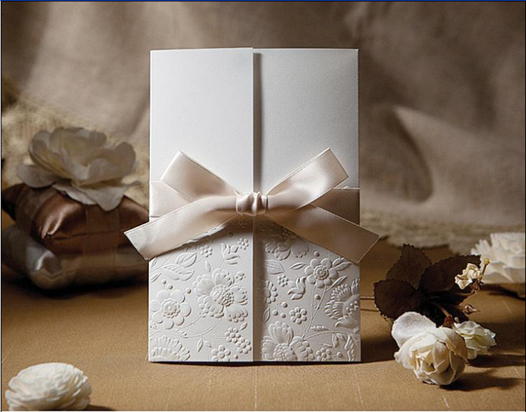 Embossed Robbon Knot Pocket Wedding Invitations HPI265